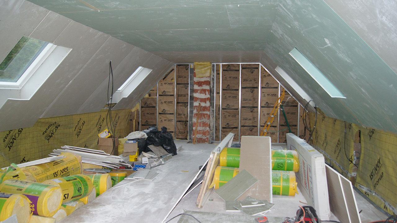 Cette Maison De L Eure S Offre Une Grande Mezzanine Sous Comble