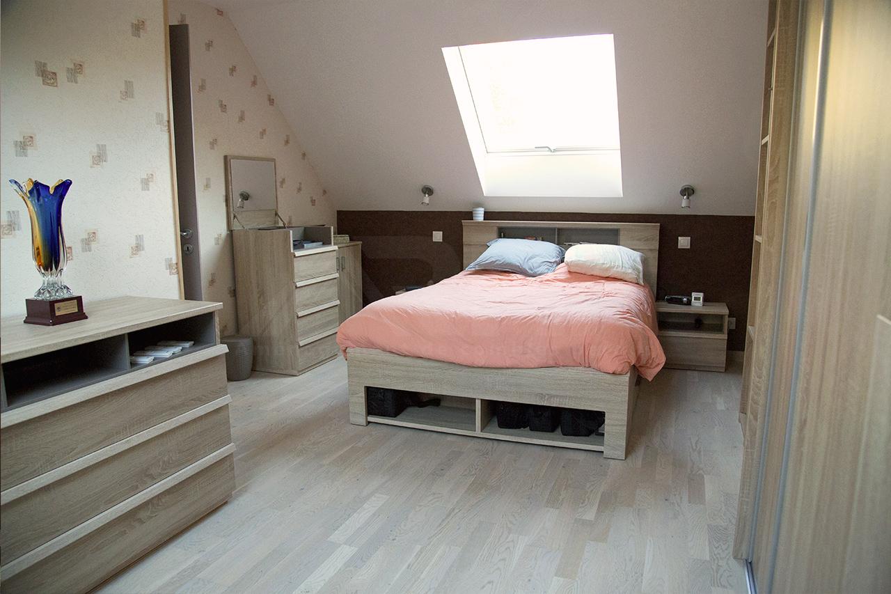 chambre dans les combles affordable best dcoration combles chocolat les ailleurs with chambre. Black Bedroom Furniture Sets. Home Design Ideas