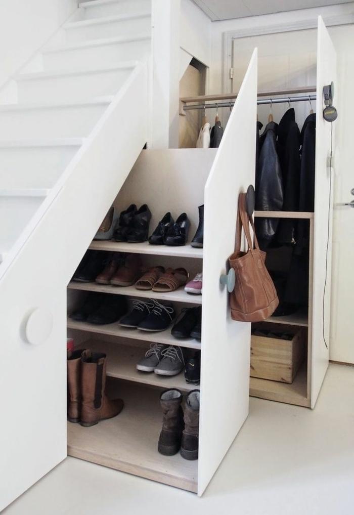 dressing-sous-escalier